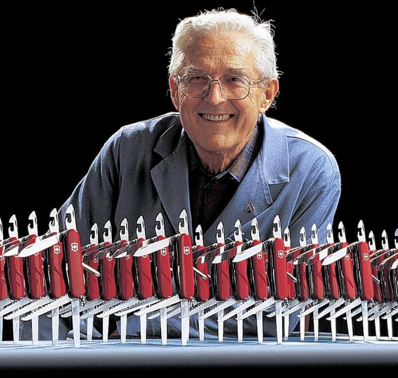"""Carl Elsener med den enormt populære lommekniv """"Schweizerkniven"""""""