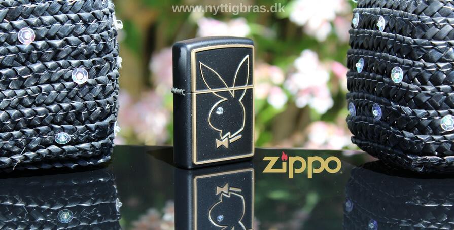 Zippo Playboy lighter - Zippo Playboy Bunny Black Matte