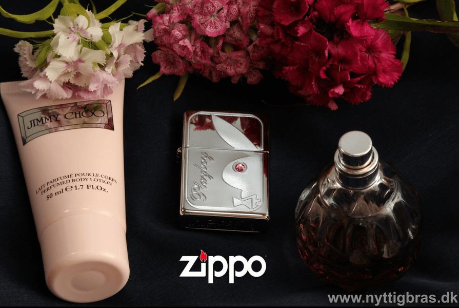 Zippo Lighter Playboy Bunny High Polish Chrome Med Pink Krystal og smukke blomster